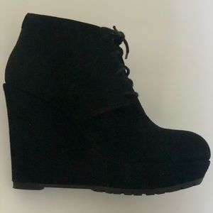 Aldo black suede wedge bootie size 7